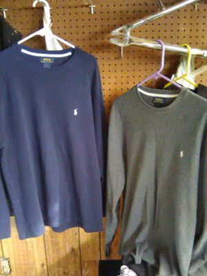 POLO sweater sizeL for Sale in Madera, CA