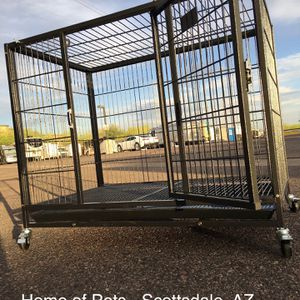 New Heavy duty 37 Inch Kennel w/ plastic tray and casters 🐶 See dimensions in second picture 🐶 for Sale in Phoenix, AZ