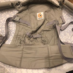 Ergobaby Carrier for Sale in New York, NY