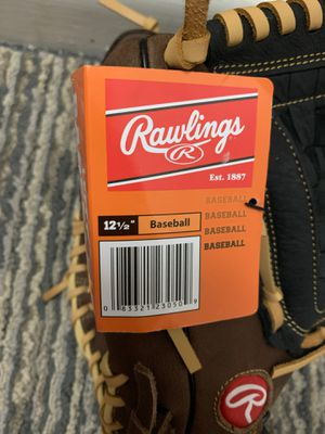 Baseball glove pro for Sale in New Haven, CT