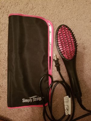 Simply straight straightener with hair acccesories for Sale in Austin, TX