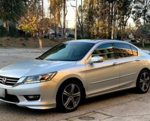 Nothing/Wrong 2013 Honda Accord FWDWheelsss for Sale in Baltimore, MD
