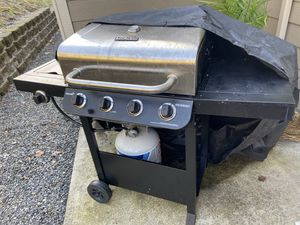 CharBroil BBQ grill for Sale in Snohomish, WA