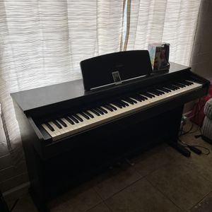 Yamaha Upright Electric Piano for Sale in Phoenix, AZ