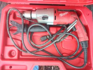 """Miluakee 1/2"""" drill motor with chuck for Sale in Camp Springs, MD"""