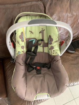 Infant car seat for Sale in Bloomington, CA