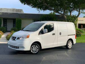 2015 Nissan NV200 for Sale in Pompano Beach, FL