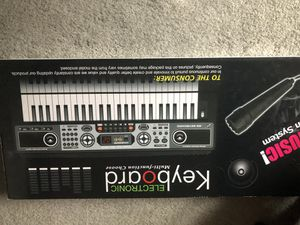Electric Keyboard for Sale for Sale in Burke, VA