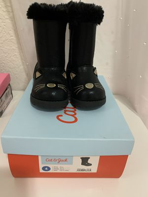 Girl Boots size 4 for Sale in Hialeah, FL