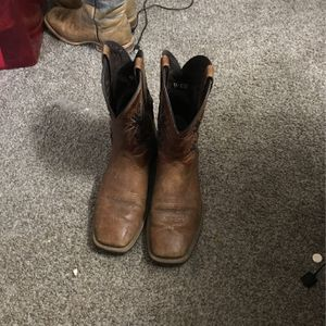 Ariat Boots for Sale in Peoria Heights, IL