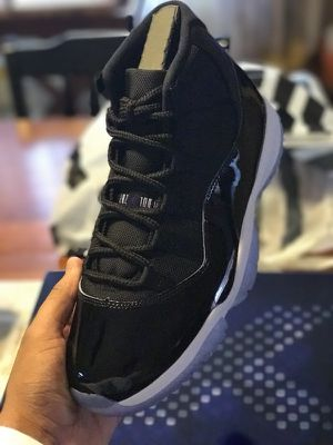 Jordan's Retro 11 for Sale in Pittsburgh, PA