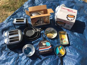 Like NEW Kitchen Supplies, pots, pans, toaster, appliances for Sale in Castro Valley, CA