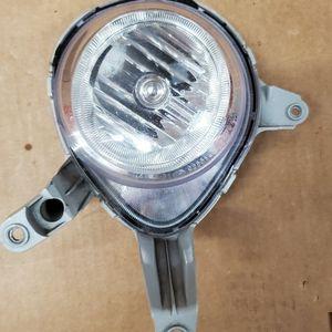2013-2017 HYUNDAI VELOSTER TURBO FOG LIGHT OEM LEFT DRIVER SIDE for Sale in Lawndale, CA