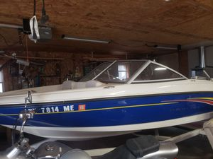Bayliner boat 2007 in excellent shape for Sale in Pittsfield, MA