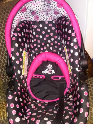 Minnie mouse car seat for Sale in Gettysburg, PA