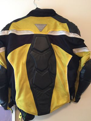 MOTORCYCLE JACKET for Sale in Danvers, MA