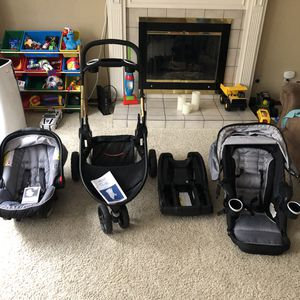 Graco modes 3 lite LX / 3 strollers in one for Sale in Bothell, WA