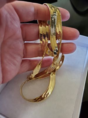 24 inch 14K Gold plated Herringbone Chain and bracelet set for Sale in Los Angeles, CA