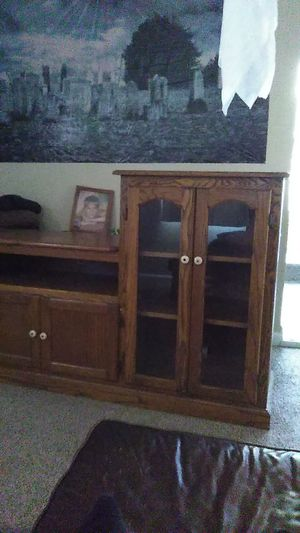 Entertainment cabinet real nice for Sale in Grand Rapids, MI