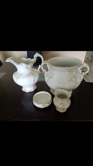 Antique WARWICK CHINA Gold Embossed 4 Piece Set for Sale in Pompano Beach, FL
