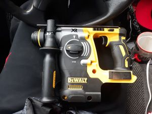 New Dewalt 20v Rotary Hammer and Impact Drill/driver and charger and 2 batterys for Sale in Everett, WA