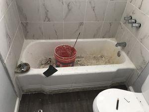 Reglazing tub for Sale in Los Angeles, CA