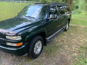 05 Chevy suburban z71 for Sale in Brandywine, MD