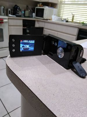 Emerson HD camcorder 12 megapixels SD card for Sale in Miami, FL