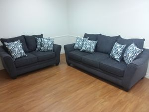 DANTE MIDNIGHT SOFA AND LOVESEAT SET WITH ACCENT PILLOWS for Sale in Arlington, TX