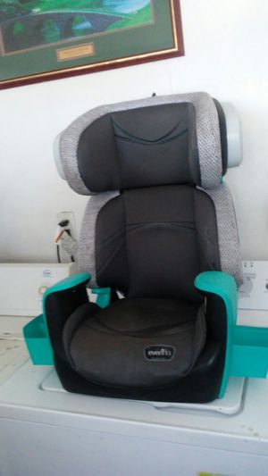 Booster seat expires in2023 for Sale in Palmdale, CA