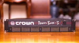 CROWN POWER BASE 3 AMPLIFIER for Sale in North Plainfield, NJ