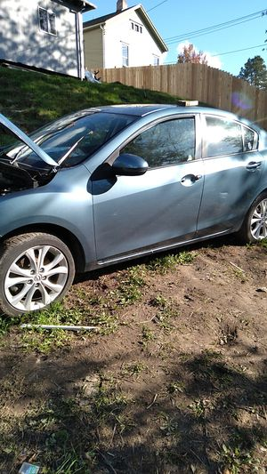 Parting out 2011 mazda 3 s whole car 500 for Sale in Tacoma, WA