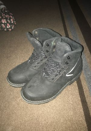 Red wing steel toe work boots non slip women's size 9 for Sale in Oklahoma City, OK