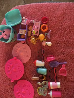 LOL Surprise and Shopkins Grab Bag Accessories for Sale in Hesperia, CA