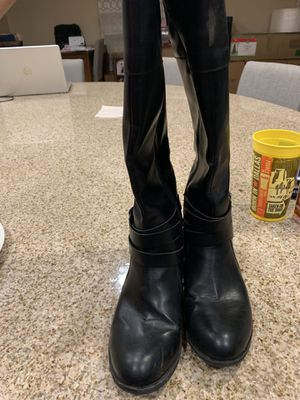 Free free free boots size 8 for Sale in Wildomar, CA