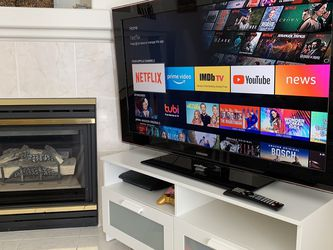 "Samsung 55"" Smart TV with Plexiglass Screen for Sale in San Marcos,  CA"