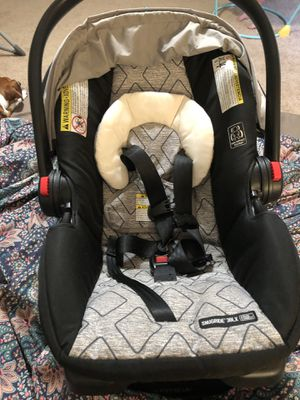 Graco Snugride 30 LX infant car seat for Sale in Mobile, AL