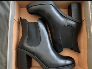 Brand new boots size 7.5 for Sale in Des Plaines, IL