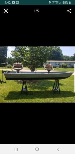 12' jon boat for Sale in Zebulon, NC