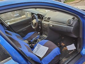 04 Mazda 3 for sale mechanic special asking 1200 obo for Sale in Raleigh, NC
