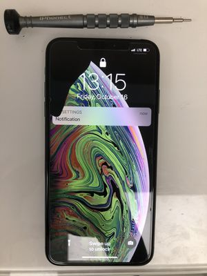 iPhone XS Max screen replacement for Sale in Hallandale Beach, FL