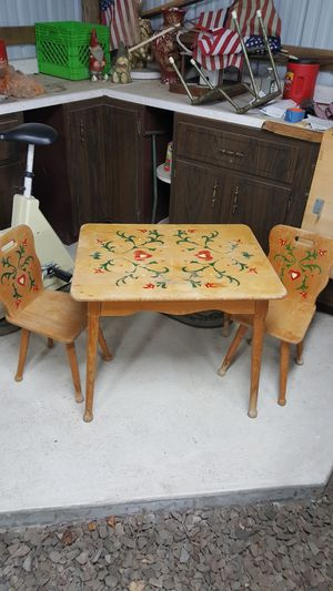 antique children's table for Sale in Eighty Four, PA