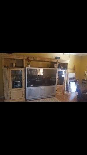 Cabinet/ Entertainment center for Sale in Bell Gardens, CA