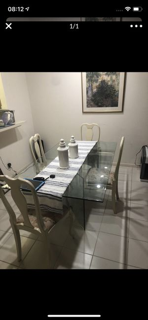 Dining room table. With 4 chairs. Glass dinette dinner breakfast kitchen table ( furniture living room ) dining room tables chair chairs for Sale in Delray Beach, FL
