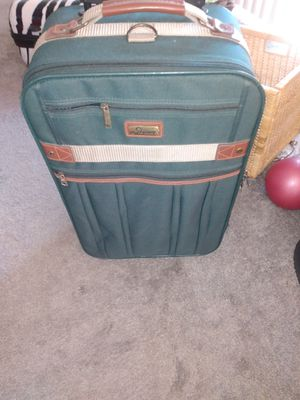 """22"""" carry-on luggage for Sale in Alexandria, VA"""