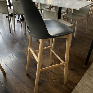 Alfi Counter Stool, High Back for Sale in Mercer Island, WA