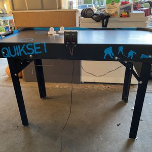 Quikset Air Hockey Table for Sale in Los Angeles, CA