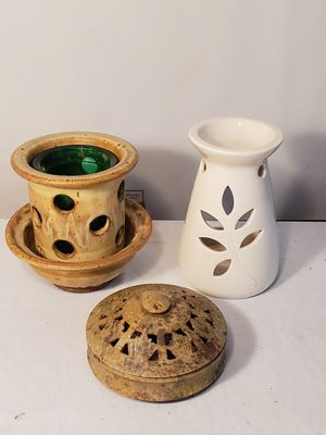 *P-L-E-A-S-E READ Post* LOT: Oil Diffuser for Aromatherapy Oils, Candle Holder & Potpourri Dish *PHOTOS* for Sale in Saint Charles, MD