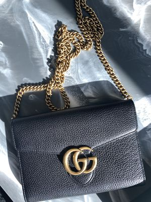 Gucci Marmont GG Wallet on Chain Bag for Sale in Los Angeles, CA