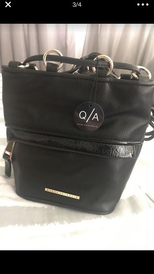 Quay Australia All black mini backpack BRAND NEW! for Sale in La Mirada, CA